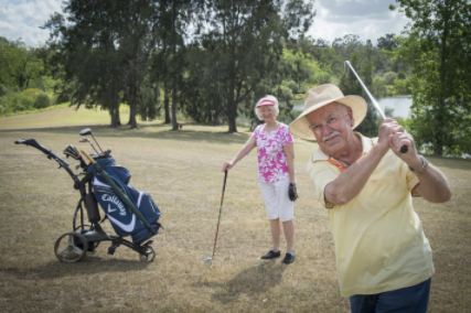 Riverview Carrington assisted living Camden residents enjoying a round of golf